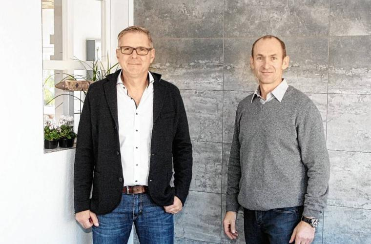 Im Bild die beiden Geschäftsführer Roland Kempf (links) und Uwe Neumann. Foto: Herzlichen Dank an Mainpost.de @ Robert Haass